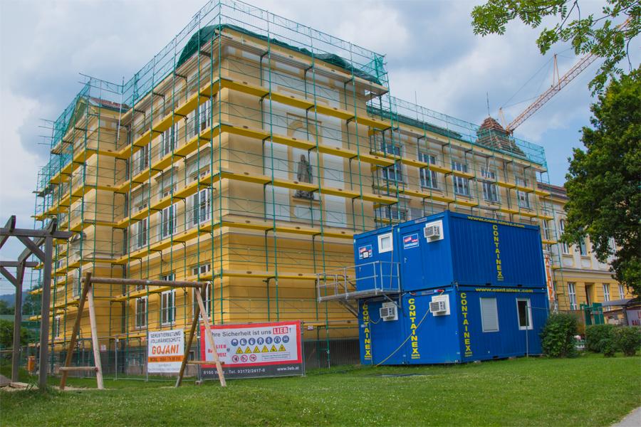 Baustelle-Volksschule-Aussen-Foto-Baumann