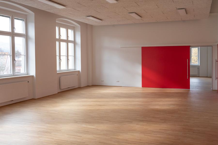 Volksschule-Innen-MzAgentur-Baumann-900