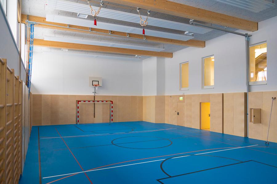 Volksschule-Turnsaal-Mz-Agentur-Baumann-900