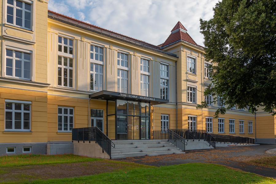 Volksschule Mürzzuschlag Foto thomb-4570