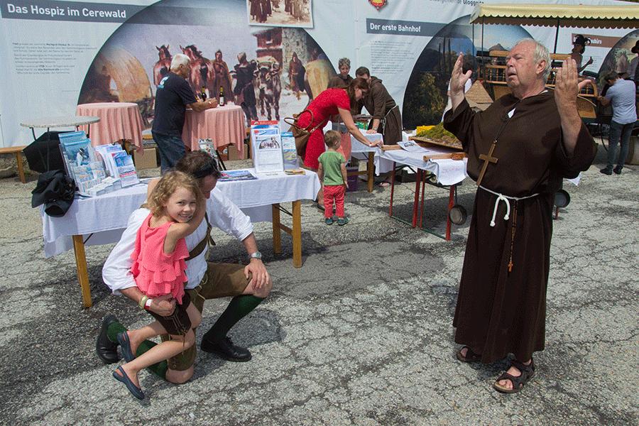 Der Geistliche am Nostalgiefest