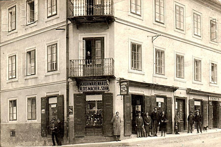 MacherHausHauptplatz1930